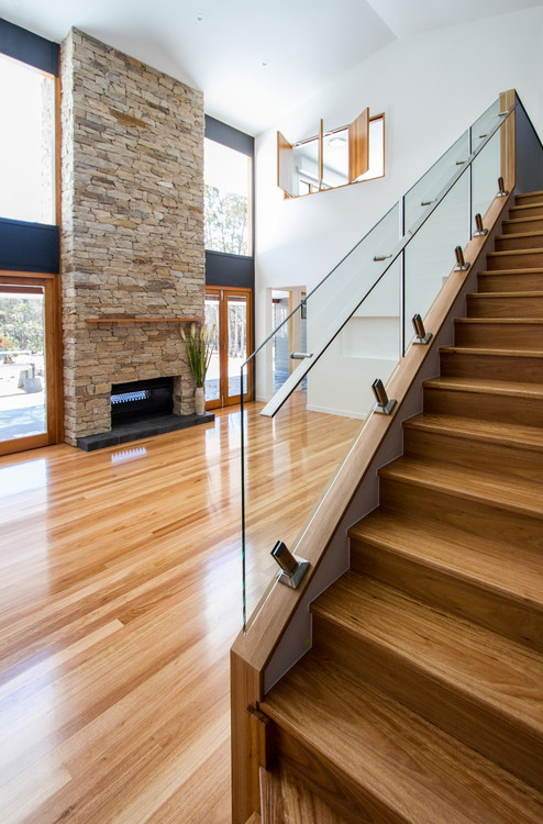 Staircase with clear glass balustrade