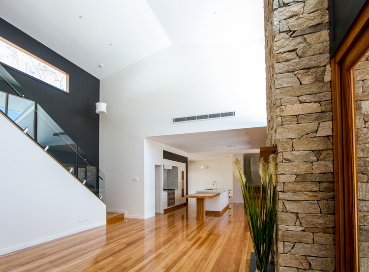 Feature wall|Open Plan Living